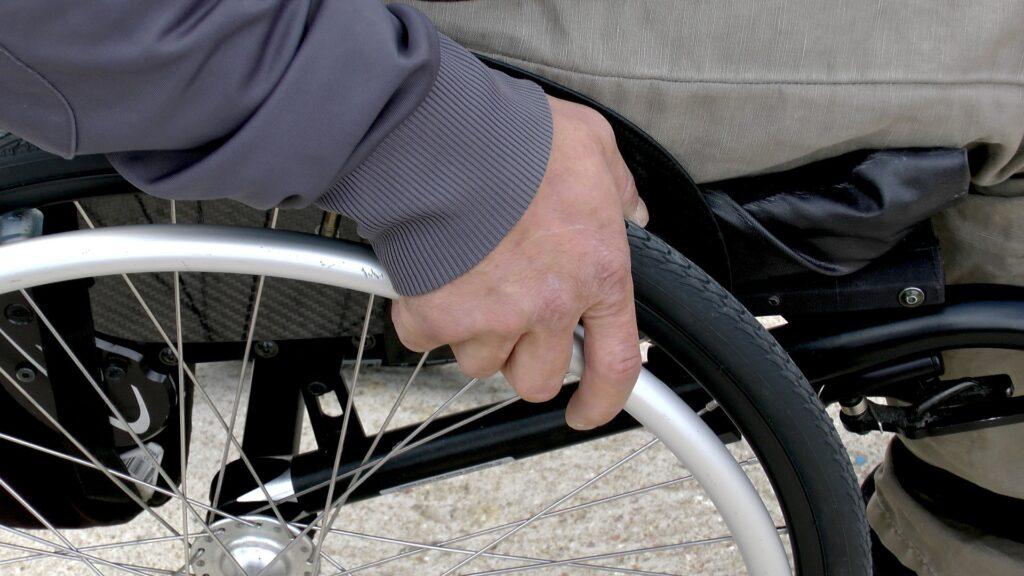 invalidna osoba